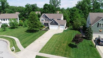 Pickerington Single Family Home Contingent Finance And Inspect: 9504 Knarwood Court NW