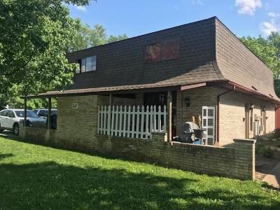 Lancaster Multi Family Home For Sale: 210 E Hubert Avenue