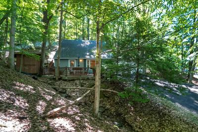 Hide A Way Hills Single Family Home For Sale: 3 Hide A Way Lane
