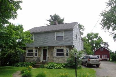 Newark Single Family Home For Sale: 333 Moull Street