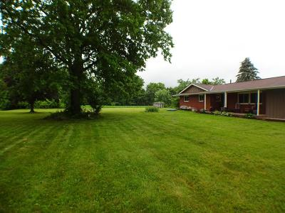 Carroll Single Family Home Contingent Finance And Inspect: 7495 Columbus Lancaster Road NW