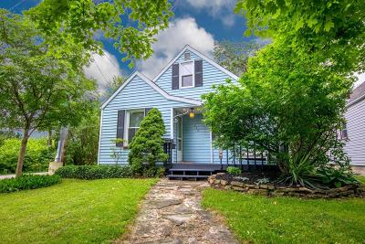 Clintonville Single Family Home Contingent Finance And Inspect: 619 E Longview Avenue