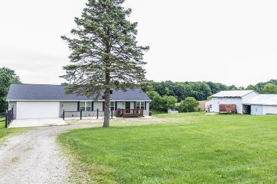 Fredericktown Single Family Home For Sale: 18160 Old Mansfield Road