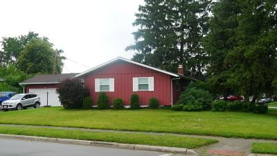 Grove City Single Family Home Contingent Finance And Inspect: 3805 Santa Maria Drive