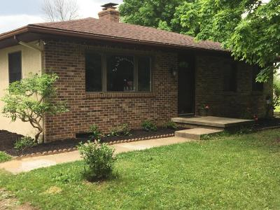 Grove City Single Family Home For Sale: 1806 Zuber Road