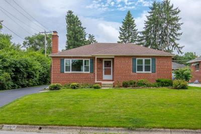Upper Arlington Single Family Home Contingent Finance And Inspect: 1417 Westminster Drive