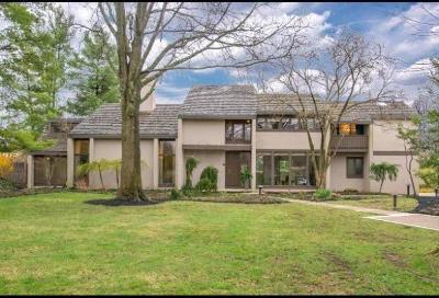 Columbus Single Family Home For Sale: 2525 Slate Run Road