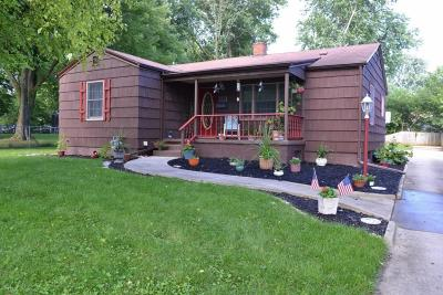 Marysville Single Family Home Contingent Finance And Inspect: 190 Grand Avenue