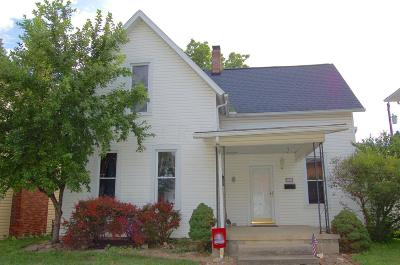 Plain City Single Family Home For Sale: 216 S Chillicothe Street