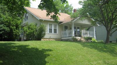 Marysville Single Family Home Contingent Finance And Inspect: 504 W 9th Street