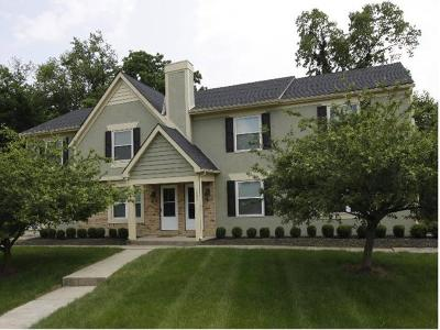 Columbus Multi Family Home For Sale: 5682 Crossing Court