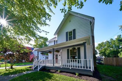Plain City Single Family Home For Sale: 204 E 1st Avenue