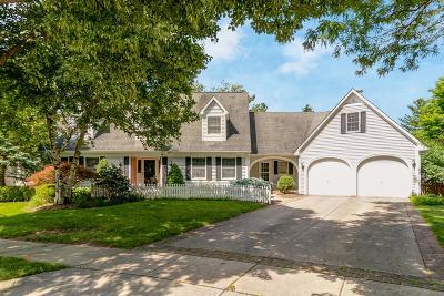 Upper Arlington Single Family Home For Sale: 2273 Picket Post Lane