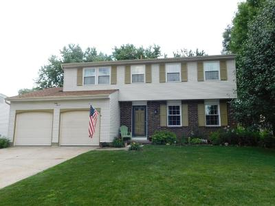 Pickerington Single Family Home Contingent Finance And Inspect: 47 Lakeland Place