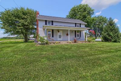 Stoutsville Single Family Home Contingent Finance And Inspect: 0010990 Peters Road SW
