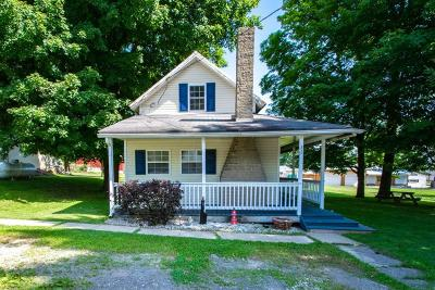 Marengo Single Family Home Contingent Finance And Inspect: 26 Walnut Street