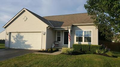 Reynoldsburg Single Family Home For Sale: 660 Smithers Drive