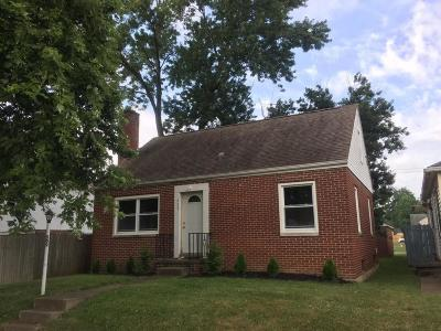 Lancaster Single Family Home For Sale: 509 Oakwood Avenue
