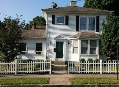 Mount Vernon Single Family Home Contingent Finance And Inspect: 300 E Hamtramck Street