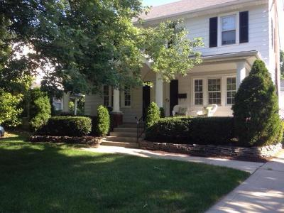 Clintonville Single Family Home Contingent Finance And Inspect: 52 Northmoor Place