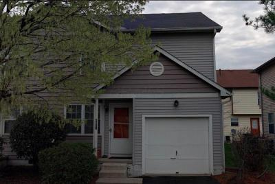 Hilliard Single Family Home Contingent Finance And Inspect: 4846 Lady Jane Avenue #7B
