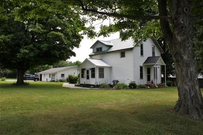 Mount Vernon OH Single Family Home Contingent Finance And Inspect: $135,000