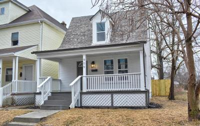 Single Family Home For Sale: 909 Oakwood Avenue