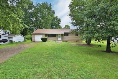 Pataskala Single Family Home Contingent Finance And Inspect: 4817 York Road SW