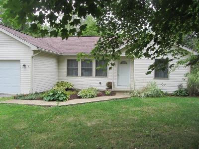 Howard Single Family Home For Sale: 1484 Apple Valley Drive