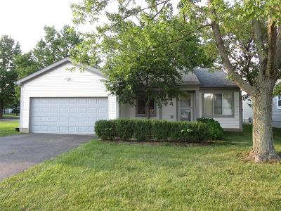 Pickerington Single Family Home Contingent Finance And Inspect: 2882 Torrey Pines Drive