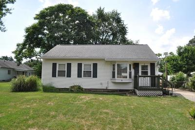 Groveport Single Family Home Contingent Finance And Inspect: 399 Sheryl Drive