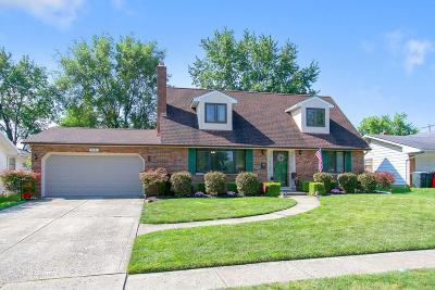 Grove City Single Family Home Contingent Finance And Inspect: 3031 Sawyer Drive