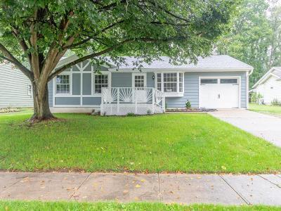 Lancaster Single Family Home For Sale: 1238 Linda Lane