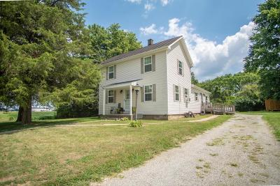 Cardington Single Family Home Contingent Finance And Inspect: 4427 Township Road 126