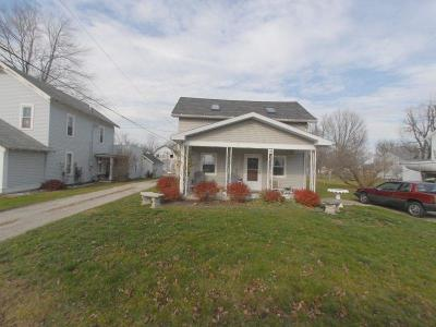 Bowling Green OH Single Family Home Contingent Finance And Inspect: $66,000