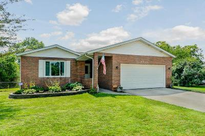 Groveport Single Family Home Contingent Finance And Inspect: 3815 Cass Creek Court
