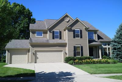 Single Family Home For Sale: 5748 Edgebrook Drive