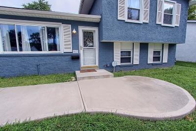 Gahanna Single Family Home Contingent Finance And Inspect: 462 Denwood Drive N