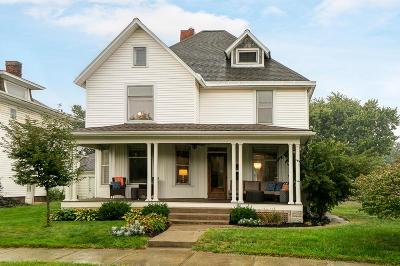 Plain City Single Family Home Contingent Finance And Inspect: 215 N Chillicothe Street