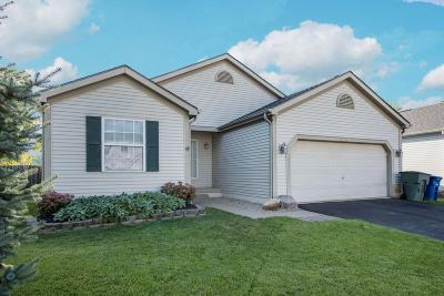 Reynoldsburg Single Family Home Contingent Finance And Inspect: 3477 Hail Ridge Drive