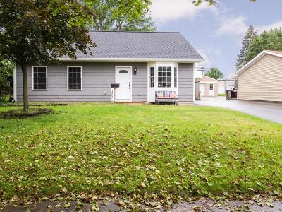 Hilliard Single Family Home For Sale: 4870 Midlane Drive