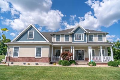 Single Family Home For Sale: 1343 Darien Lane