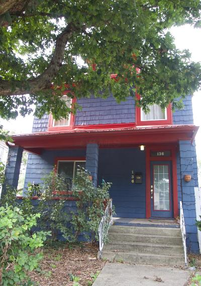 Columbus Single Family Home Contingent Finance And Inspect: 136 E Duncan Street