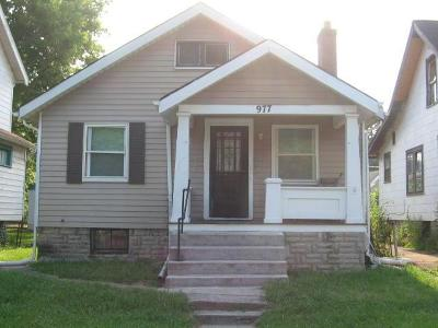 Columbus Single Family Home For Sale: 977 Seymour Avenue