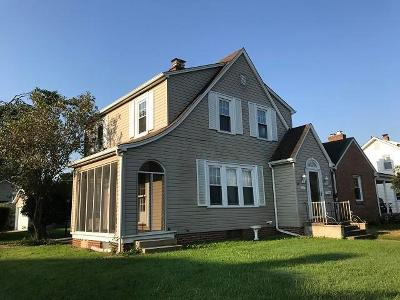 Lancaster OH Single Family Home Contingent Finance And Inspect: $124,900