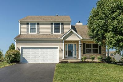 Pickerington Single Family Home Contingent Finance And Inspect: 11801 Chanticleer Drive