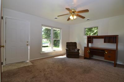 Obetz Multi Family Home Contingent Finance And Inspect: 1662 Hillcrest Avenue #664