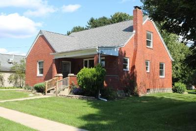 Mount Vernon OH Single Family Home For Sale: $130,000