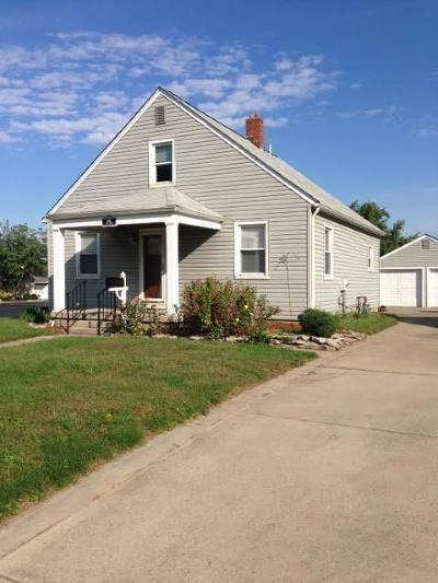 Groveport Single Family Home Contingent Finance And Inspect: 168 Main Street
