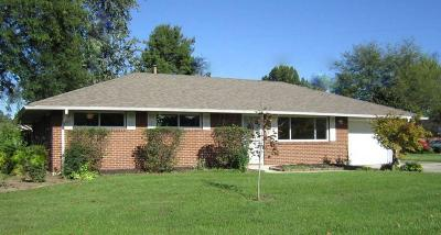 Reynoldsburg Single Family Home Contingent Finance And Inspect: 6558 Malone Drive